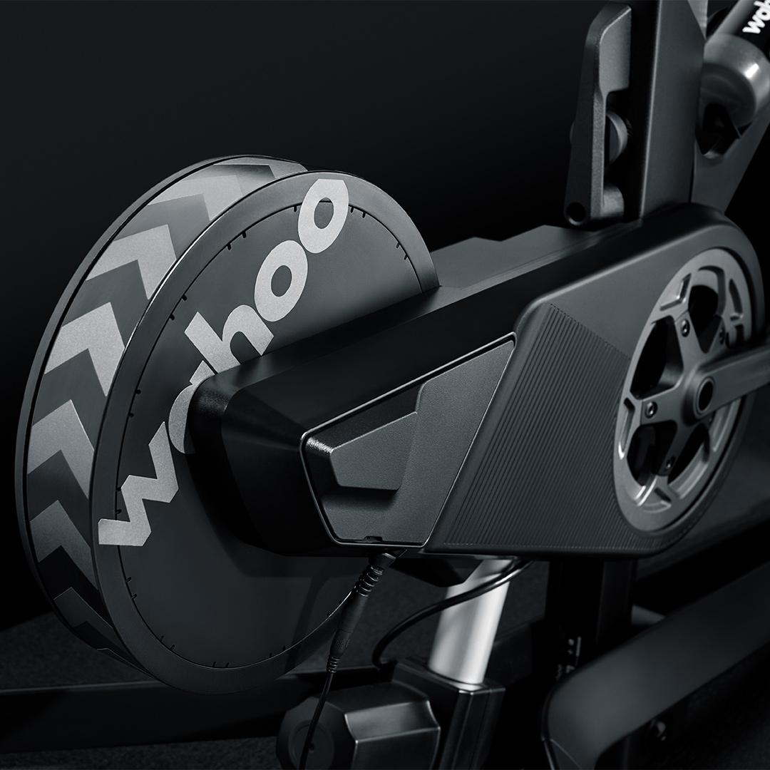 Wahoo-KICKR BIKE-Feature-01