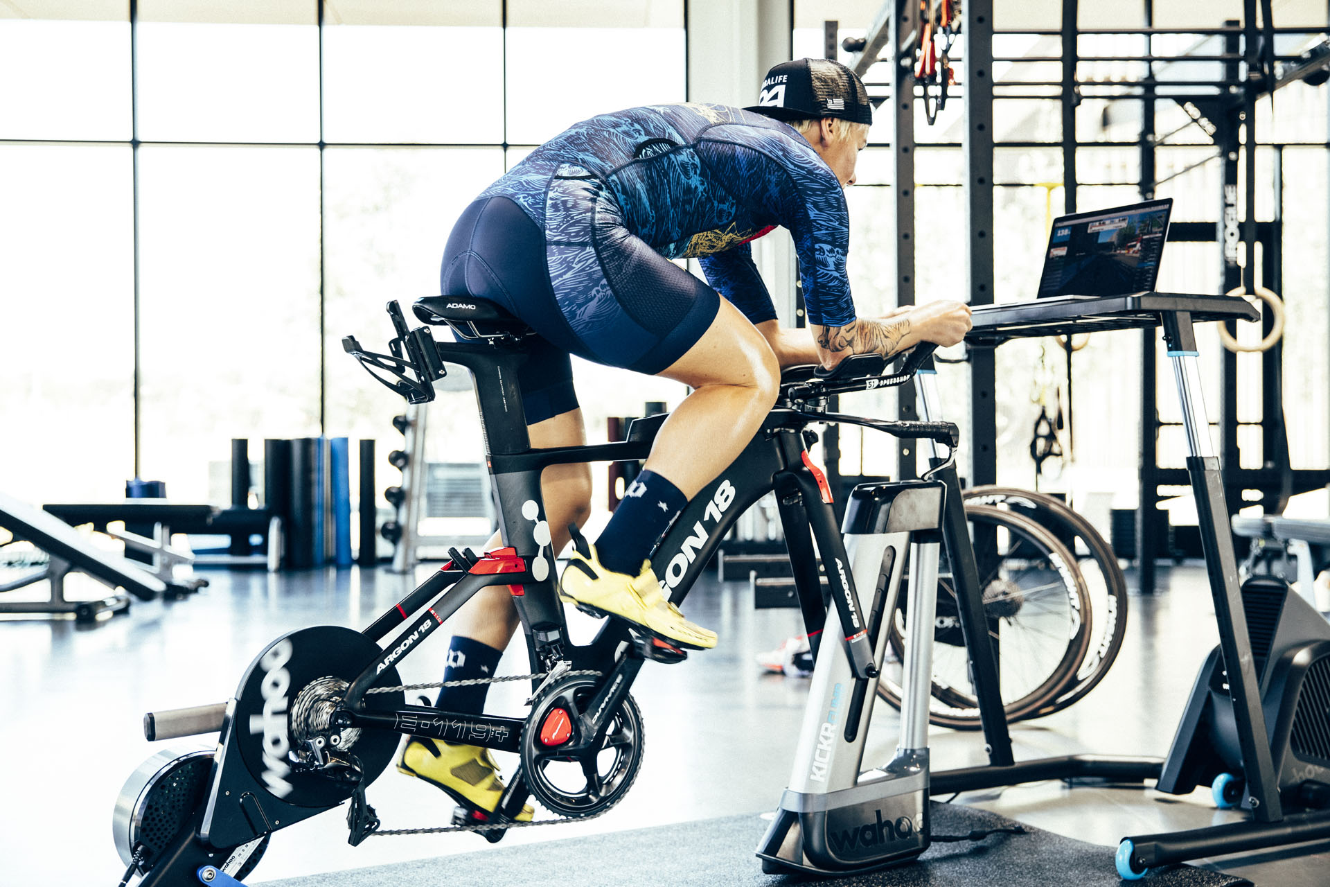 KICKR Indoor Cycling Desk-Picture-13
