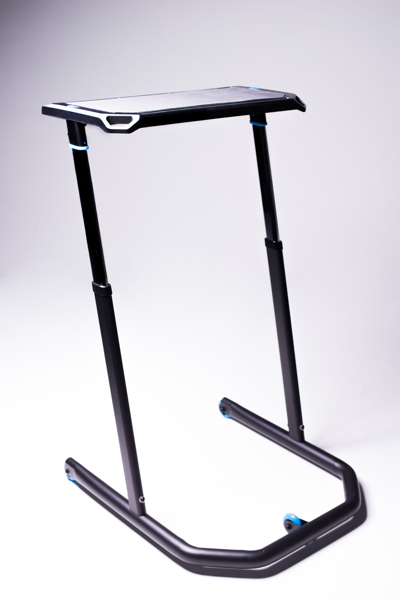 KICKR Indoor Cycling Desk-Picture-17