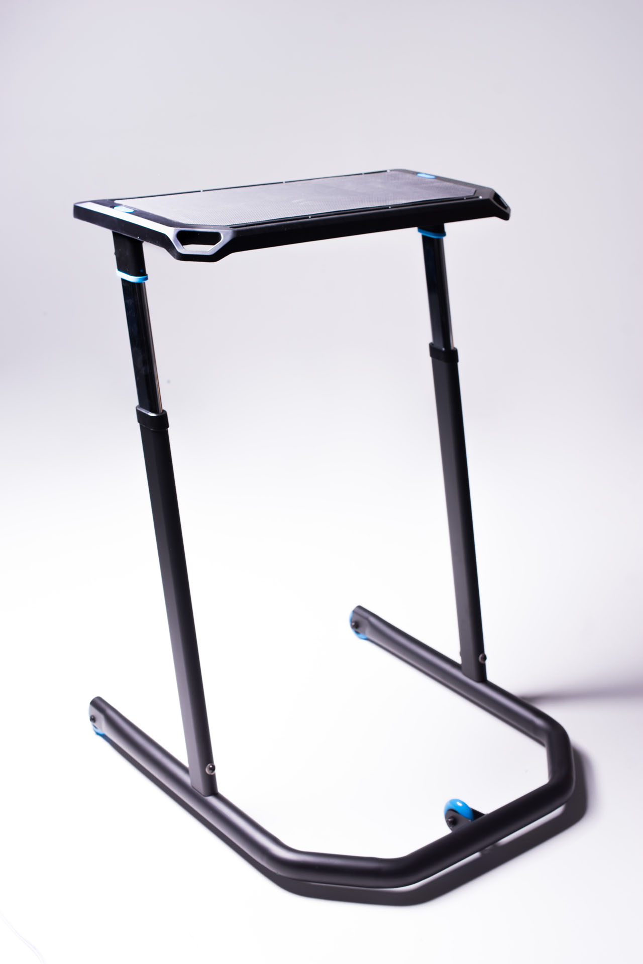 KICKR Indoor Cycling Desk-Picture-18