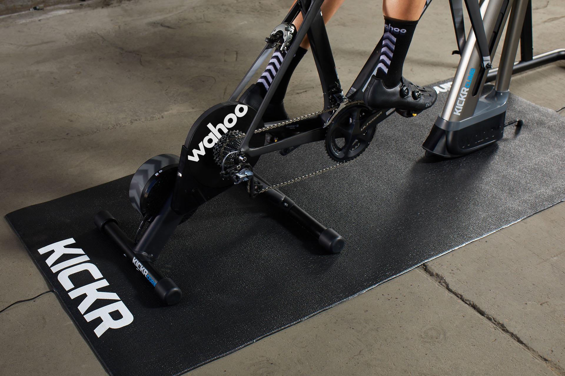 KICKR Trainer Floormat-Picture-02